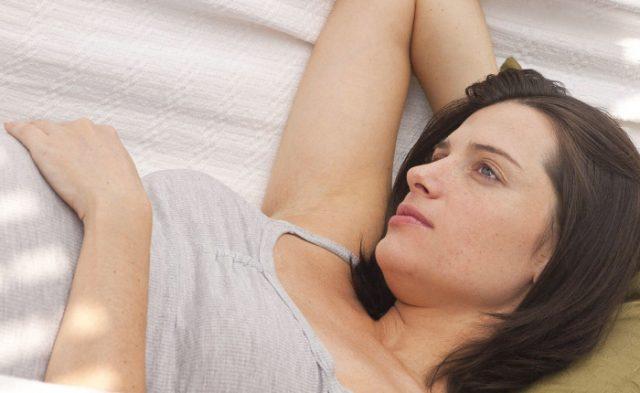 óvulos para candidiasis mujer malestar